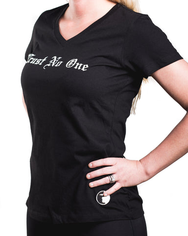 Women's Face of Trust No One V-Neck T-Shirt - Black
