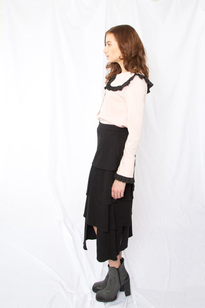 Peter Pan Collar Trimmed Blouse