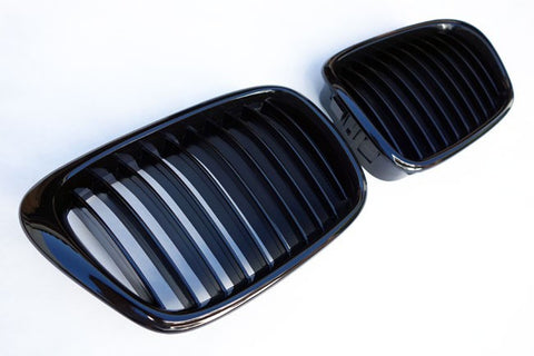 BMW E39 Gloss Black Grills 96-03