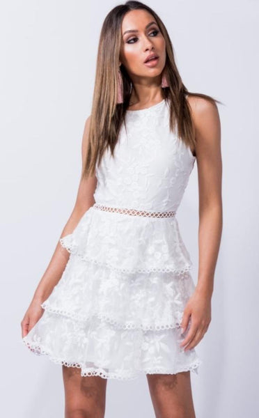 WHITE LACE TIERED DETAIL SHIFT DRESS - Glamour By LKUK