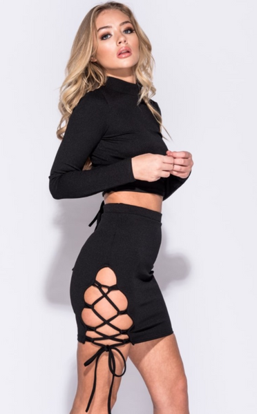 BLACK LACE UP DETAIL 2 PIECE