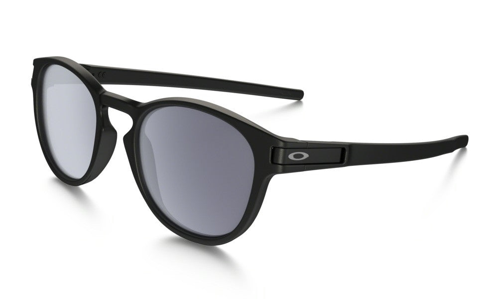 Oakley Latch - Matte Black/Warm Grey