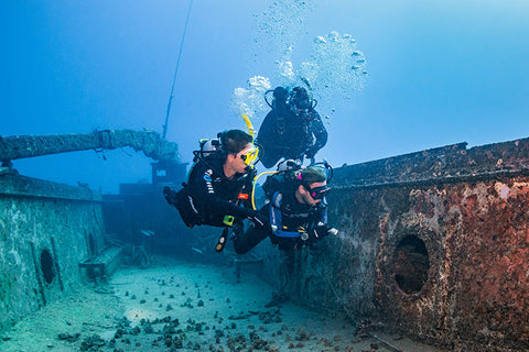 Wreck divers in Egypt