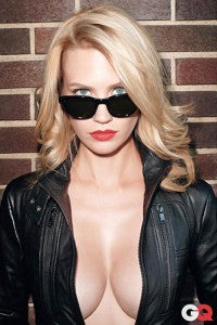 january_jones_gq_pic_moscot_sunglasses_wayfarer