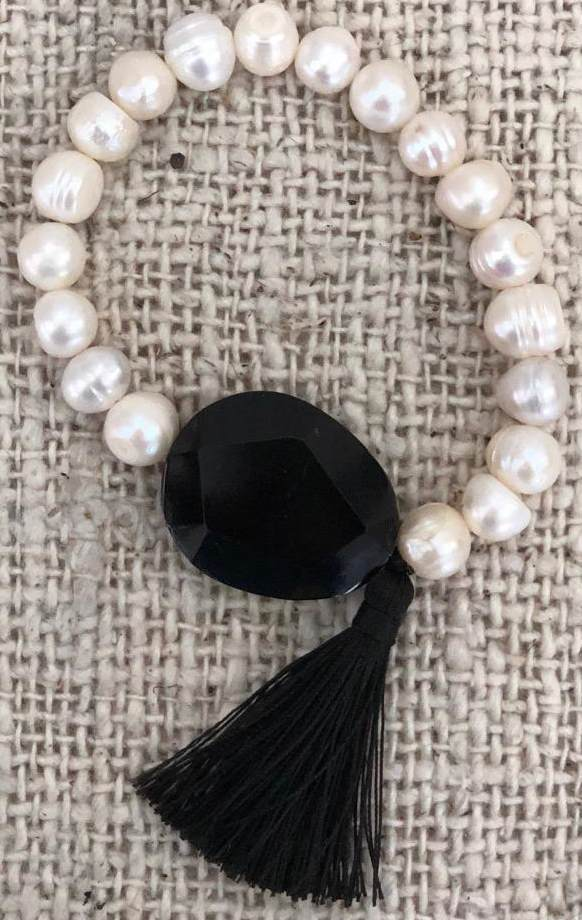Fresh Water Pearl Necklace and Bracelet
