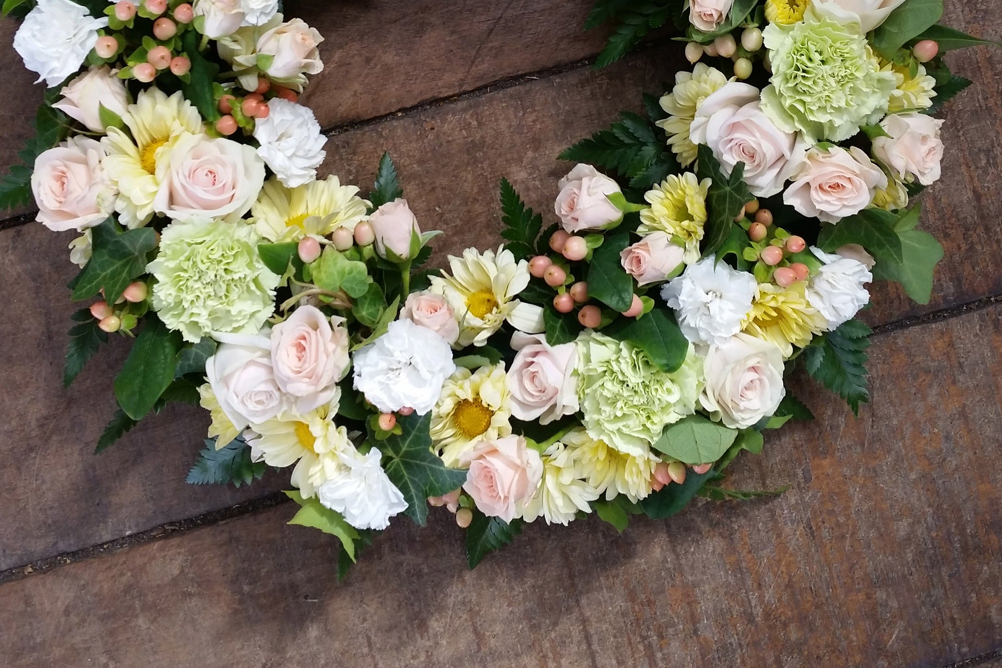 Funeral flowers for sympathy wellington juliette florist sympathy flowers wellington funeral izmirmasajfo
