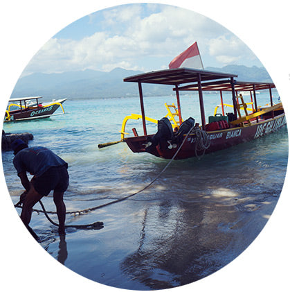 makers travelers boat lombok to gili ferry