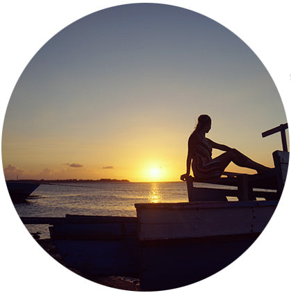 makers travelers gili air best sunsets beach sundown