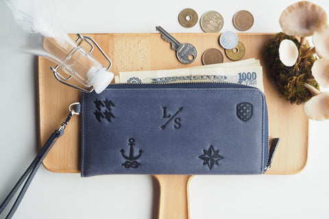 Signature Long Dries Zip Wallet - Navy Blue