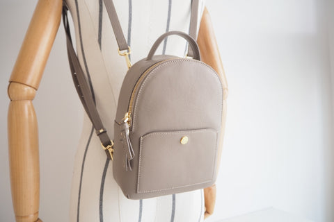 Avi Backpack - Taupe