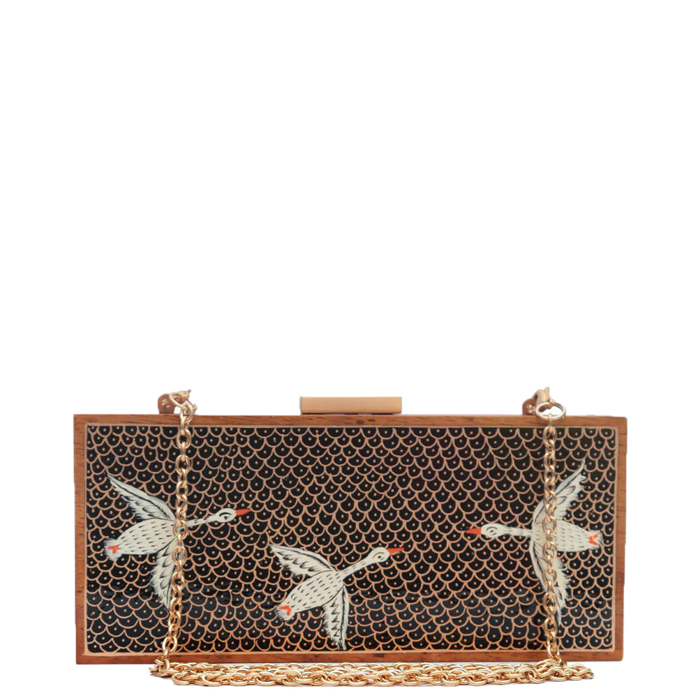 The White Birds, Wood Clutch