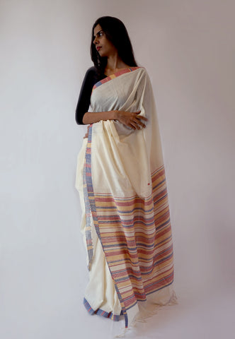 CLIMATE - White with colourful Pallu Handwoven Cotton Saree