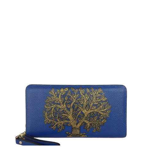 MY DEEPEST ROOTS, round wood clutch