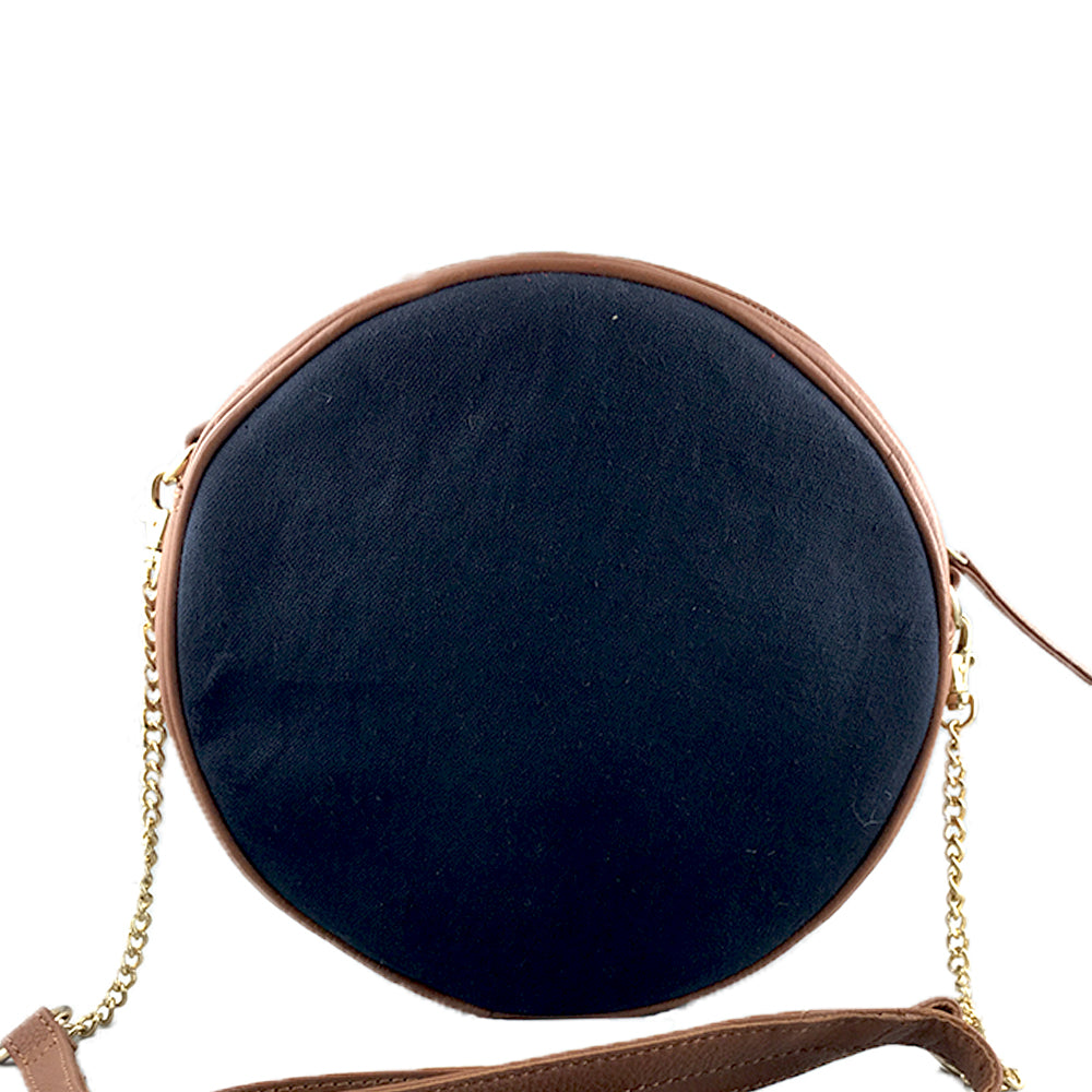 The Fish, Navy Round Sling
