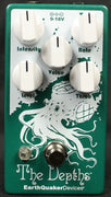 EarthQuaker Devices The Depths Optical Vibe Machine Guitar Effect Pedal
