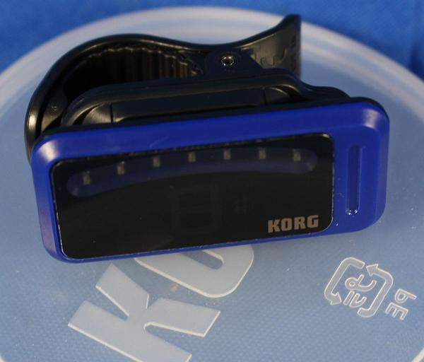 korg pitchclip pc 1 clip on electric guitar tuner in tuna can blue all music inc. Black Bedroom Furniture Sets. Home Design Ideas