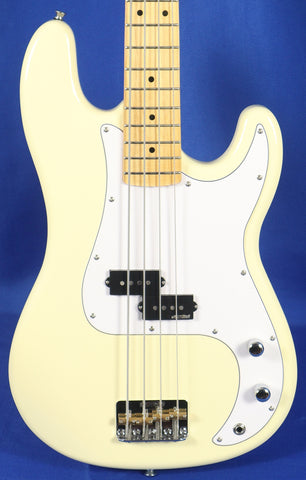Vintage V4M-VW Vintage White Electric Bass Guitar Wilkinson