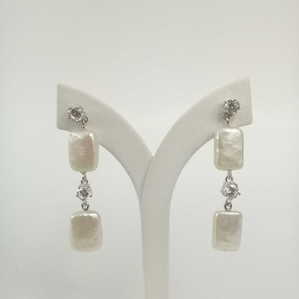 ECZ_2BRSQ_WG Earring CZ 2 Baroque Square