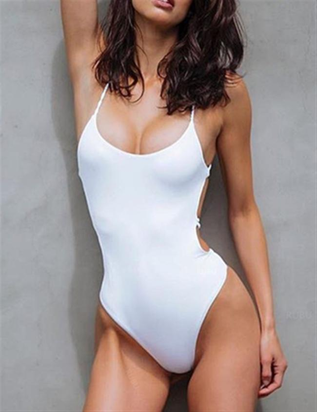 Chicnico Just Watch Me Back Cross Solid Color One Piece Bikini