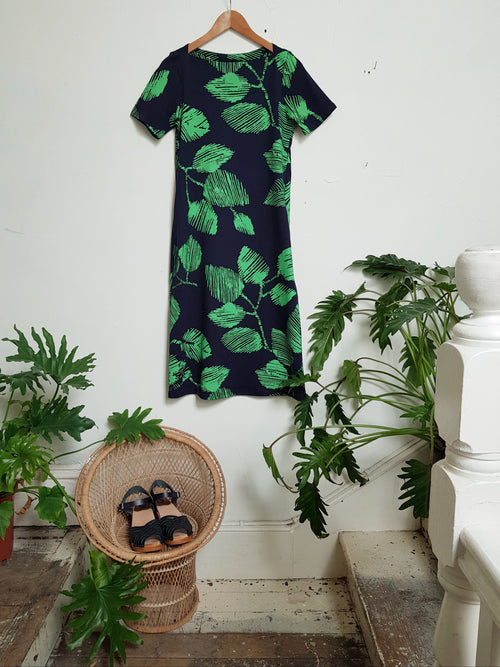 Boatneck Go To Dress - Green/Navy Leaf