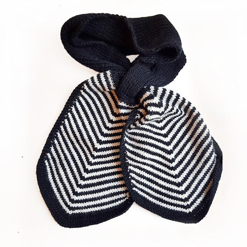 Hand Knitted Cravat Scarf - Black & White