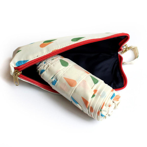 Pocket Umbrella and Case - Cream and Raindrops
