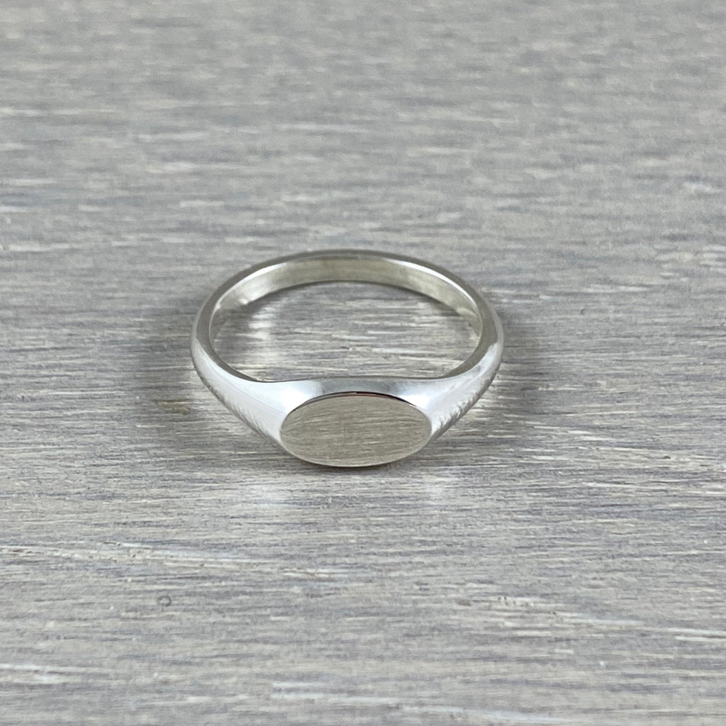 Small Landscape Oval 8mm x 5.5mm - Sterling Silver Signet Ring