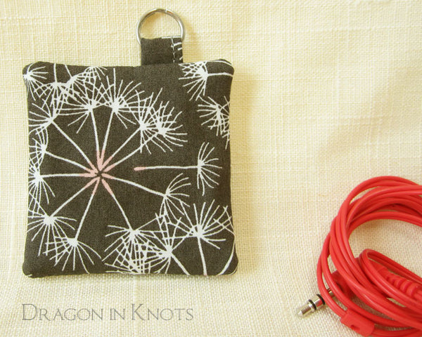 Dandelion Earbud Pouch - Dragon in Knots - Earbud Pouches