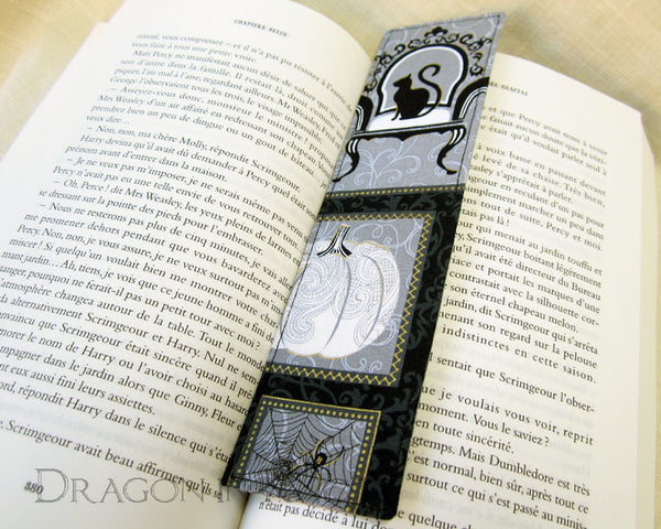 Spooky Cat Bookmark -  - Fabric Bookmark - Dragon in  Knots - 2