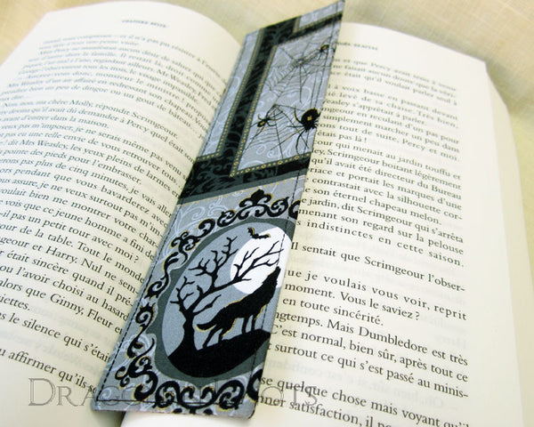Spooky Cat Bookmark -  - Fabric Bookmark - Dragon in  Knots - 4