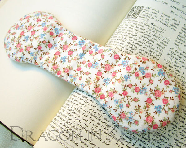 Floral Ivory Page Holder - Vintage Fabric Book Weight -  - Book Weights - Dragon in  Knots - 2