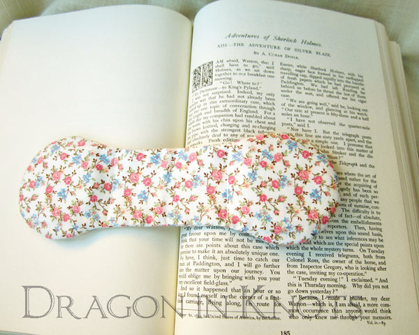 Floral Ivory Page Holder - Vintage Fabric Book Weight -  - Book Weights - Dragon in  Knots - 3