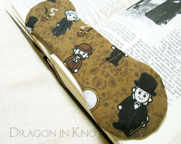 Sherlock Holmes Book Weight -  - Book Weights - Dragon in  Knots - 4