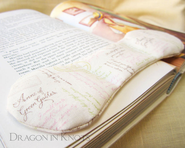 Anne of Green Gables Book Weight - Dragon in Knots - Book Weights