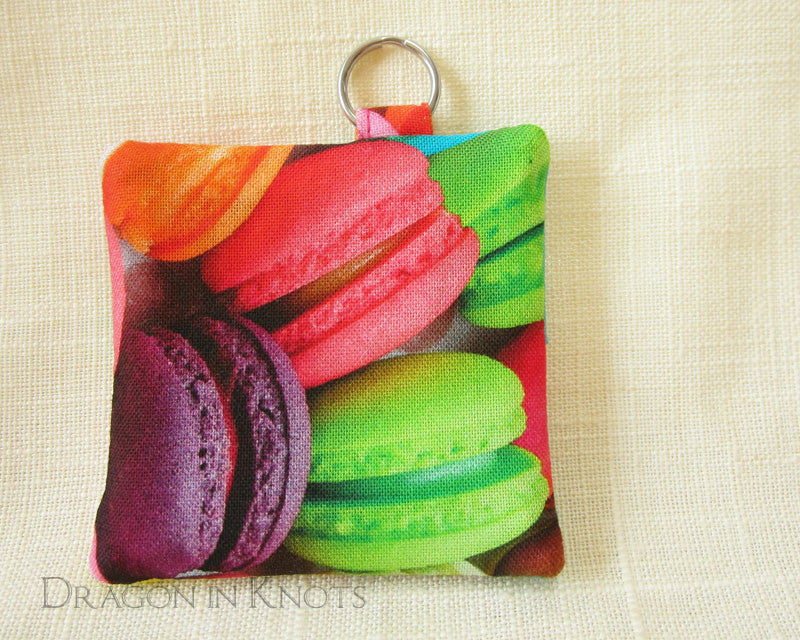 Macaron Earbud Holder - Dragon in Knots - Earbud Pouches
