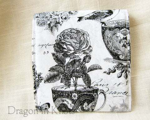 Tea in Paris Teabag Pouch - Dragon in Knots - Accessory Pouches