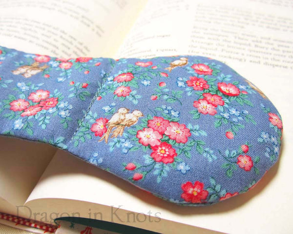 Little Birds Cookbook Holder - Vintage Fabric Book Weight - Dragon in Knots - Book Weights