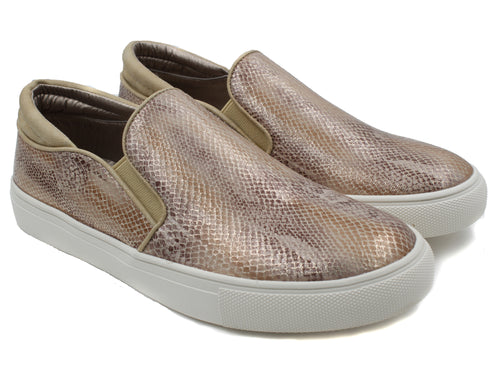 Corkys Womens Selena Snake Print Slip-On Fashion Sneakers