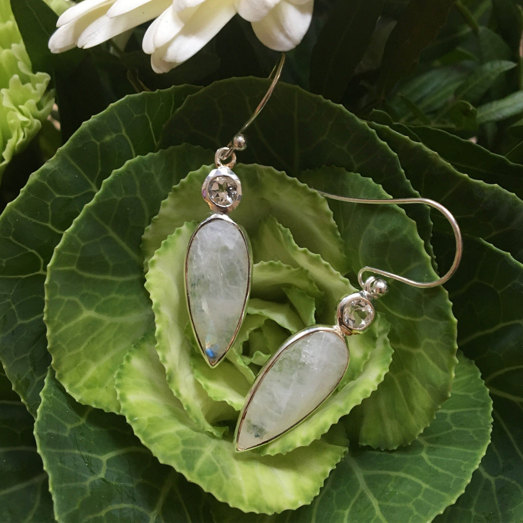 MOONSTONE SILVER DESIGN EARRING #10