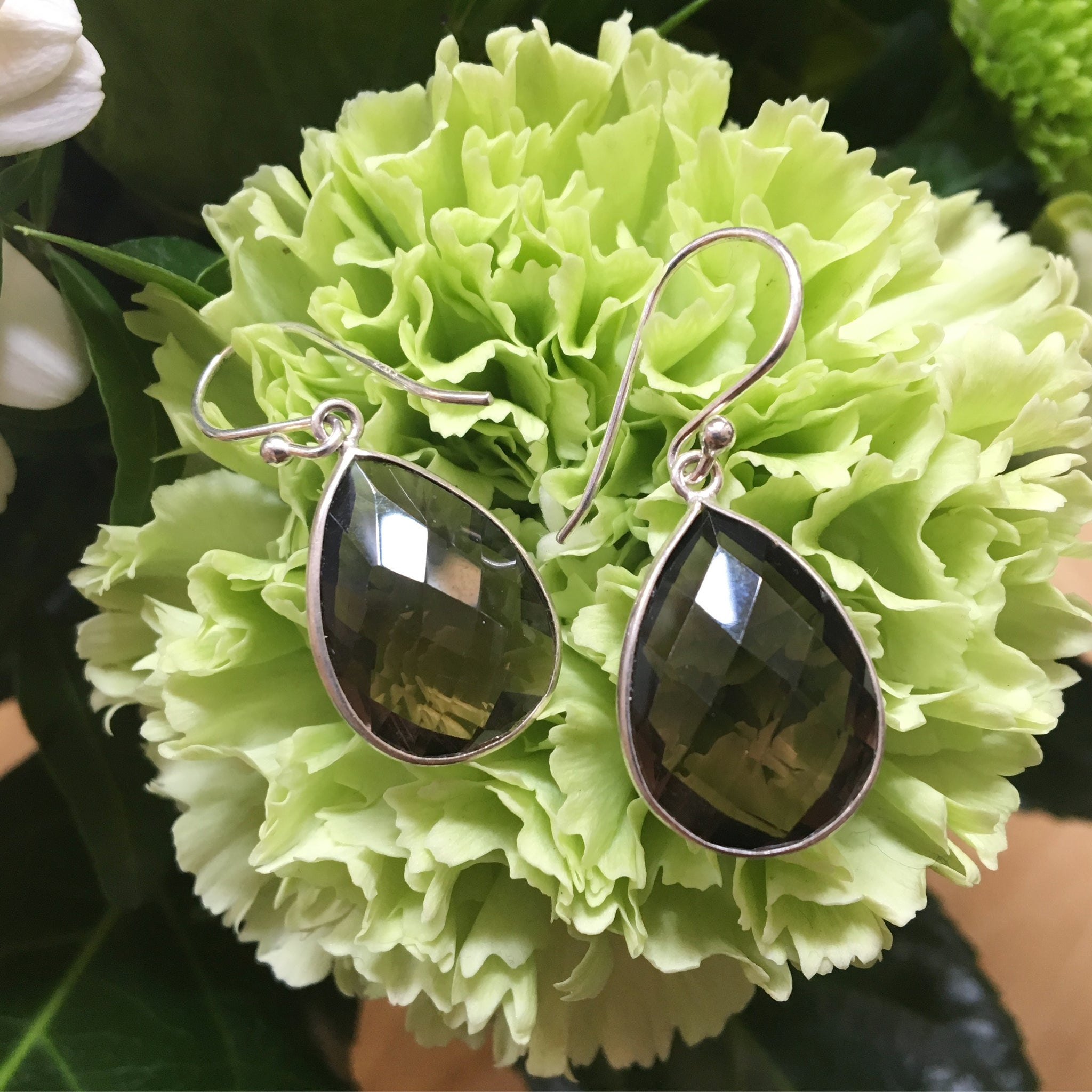 SMOKY QUARTZ SILVER DESIGN EARRING
