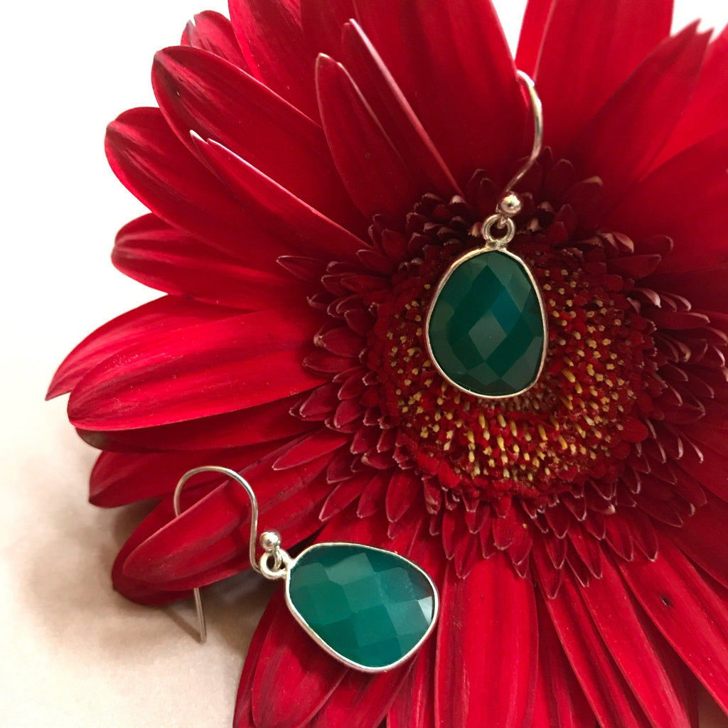 GREEN ONYX SILVER DESIGN EARRING #20