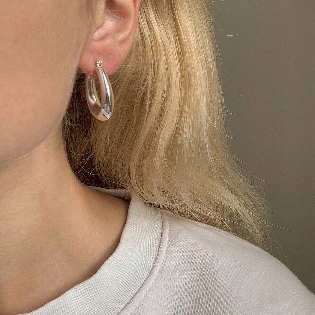 VIBE SILVER CREOL EARRING