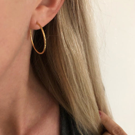 LISE LARGE GOLDEN CREOL EARRING