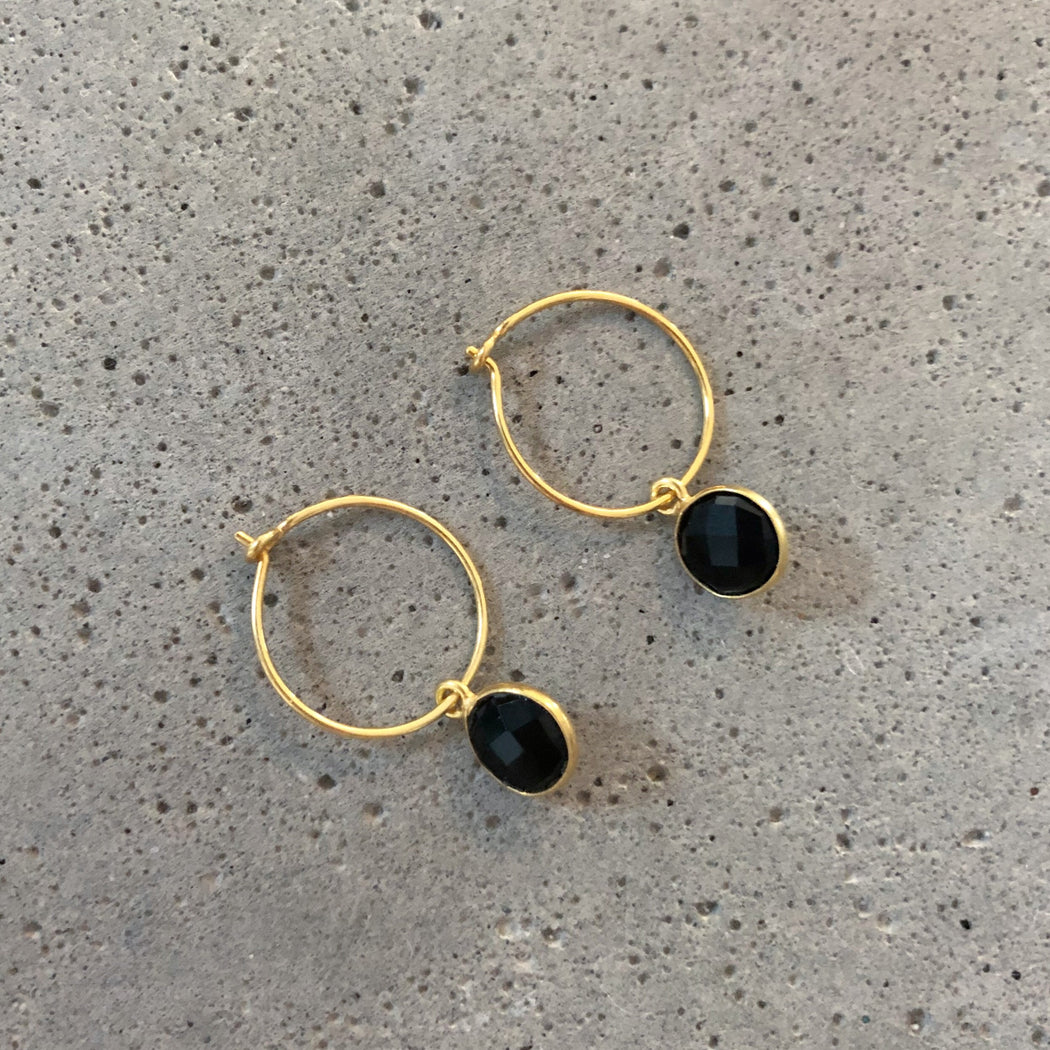 EVA BLACK GOLDEN CREOL EARRING