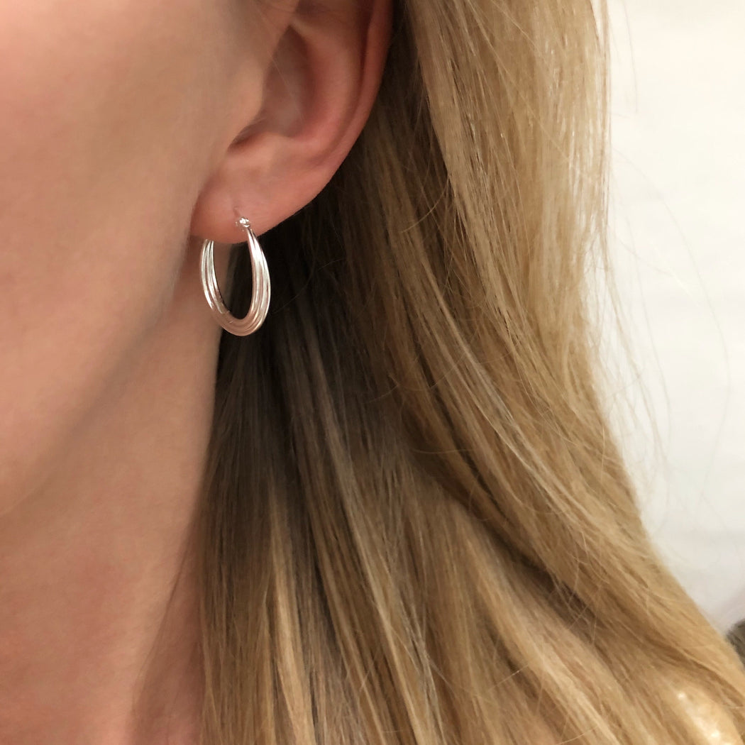 KATE SILVER CREOL EARRING