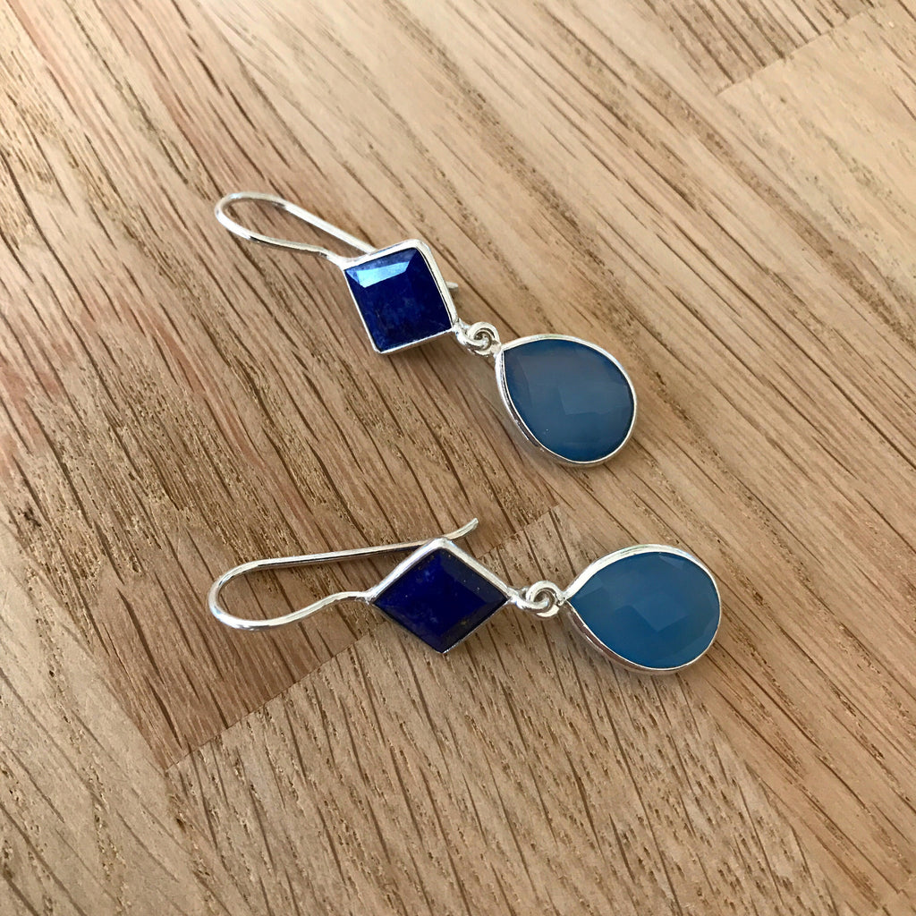 BLUE SILVER DESIGN EARRING