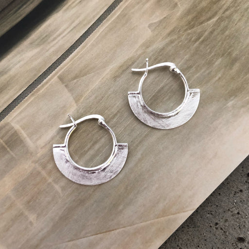 ELNA SILVER CREOL EARRING