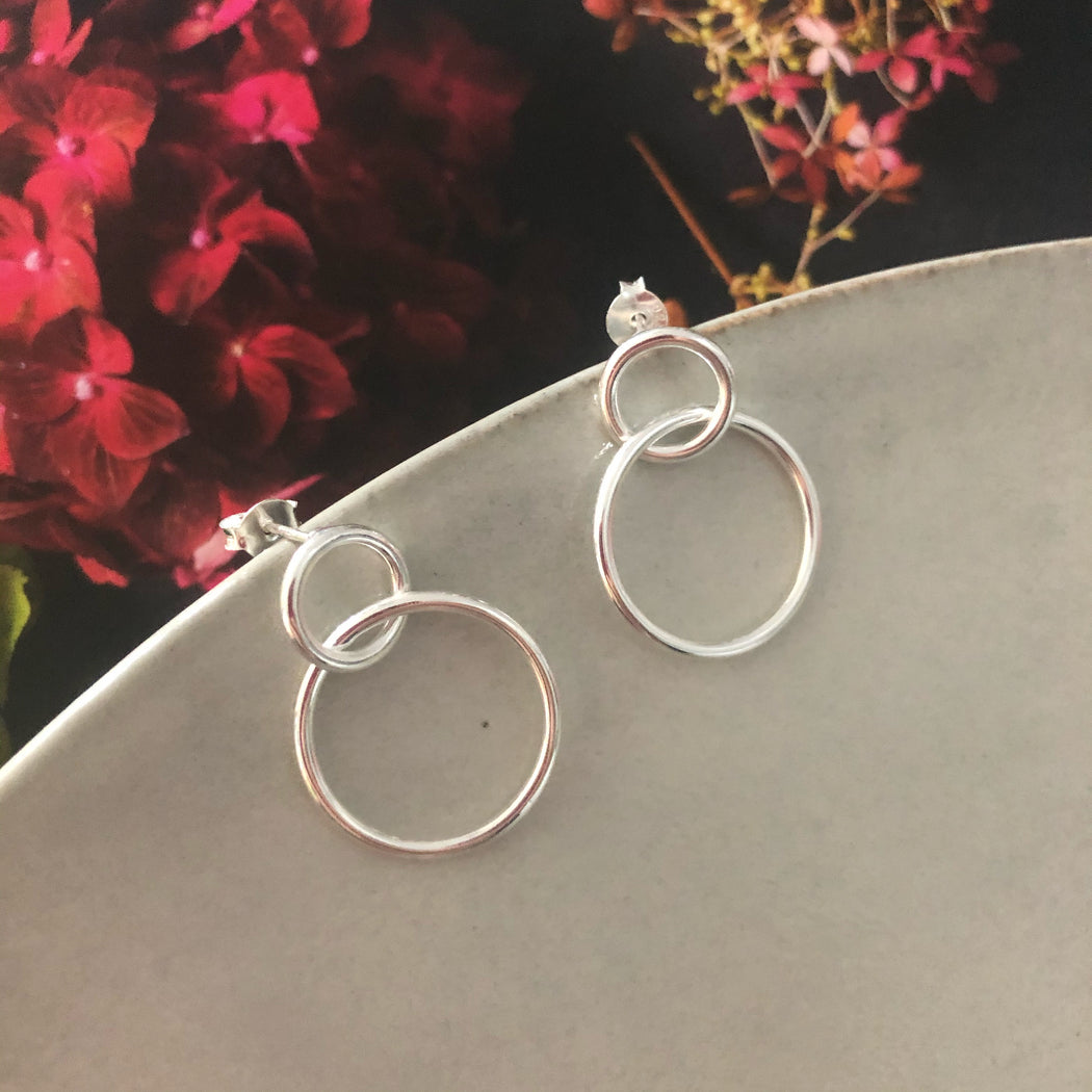 ANNY SILVER EARRING