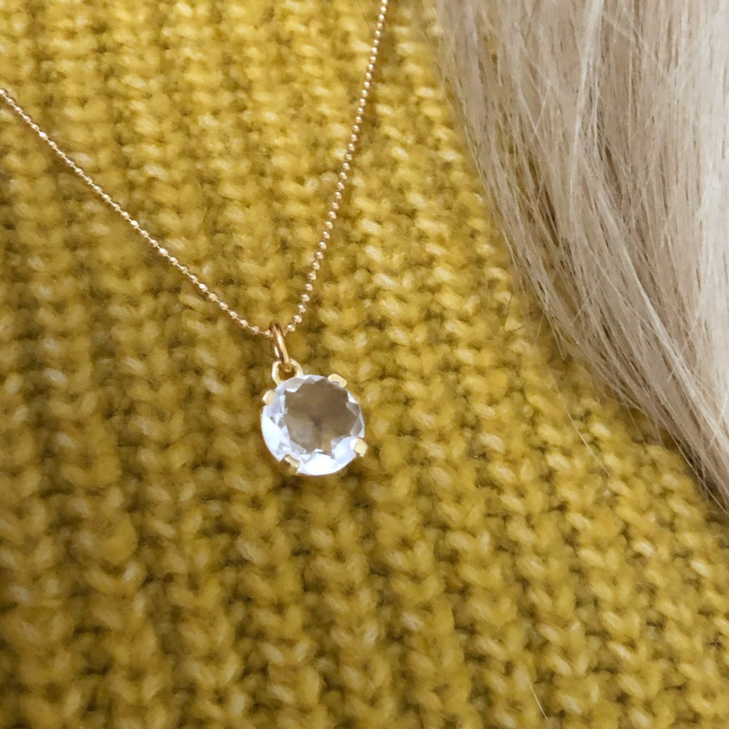 NAJA CRYSTAL GOLDEN NECKLACE