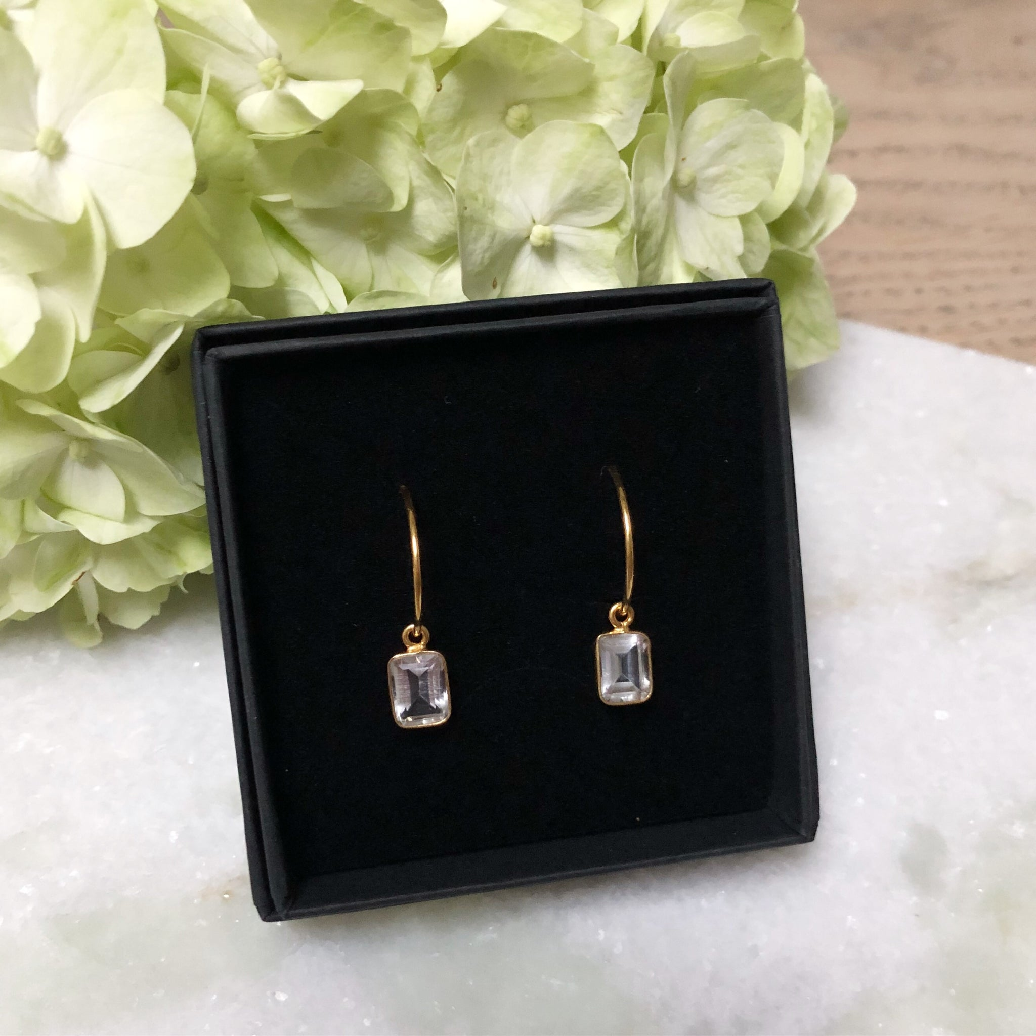 ELISE CRYSTAL GOLDEN CREOL EARRING